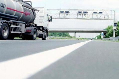 Lkw sollen Autobahn-Standstreifen benutzen