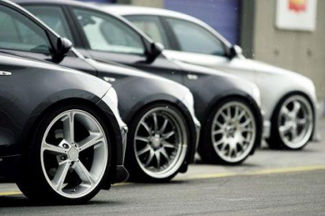 Vier getunte BMW 120d