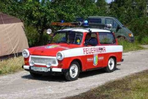 DDR-Autos wie dieser Feuerwehr-Trabi sind beim 7. Ostblock-Treffen zu sehen