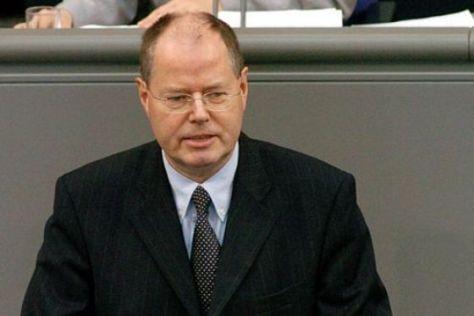 Bundesfinanzminister Peer Steinbrück (SPD) will die Pendlerpauschale nicht zurück haben.