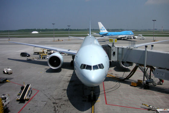 Nach Kanada? Einfach in die hellblaue 777 einsteigen, sieben Stunden Kino genießen, schon sind Sie da.