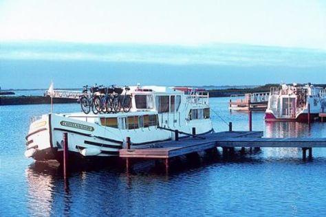 Romantische Hausboot-Tour durch Frankeich
