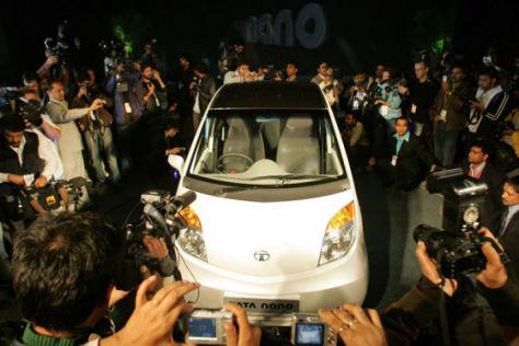 Deutsche Zulieferer bauen den Motor des indischen Billigautos Tata Nano.