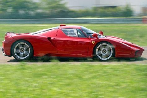 Ferrari Enzo mit F1-Antrieb