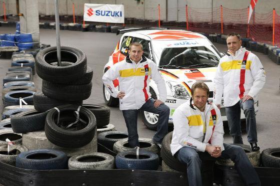 Das Suzuki Ralley Junior-Team: Florian Niegel (x), André Kachel(x) und Teamchef Niki Schelle.