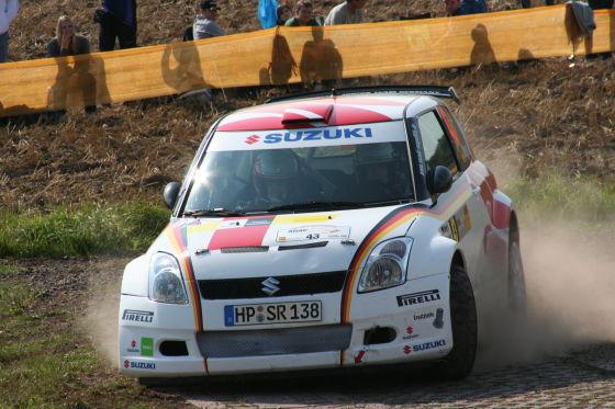 Florian Niegel (Suzuki Swift Super 1600) wurde für seine Aufholjagd mit Platz acht und einem Punkt belohnt.