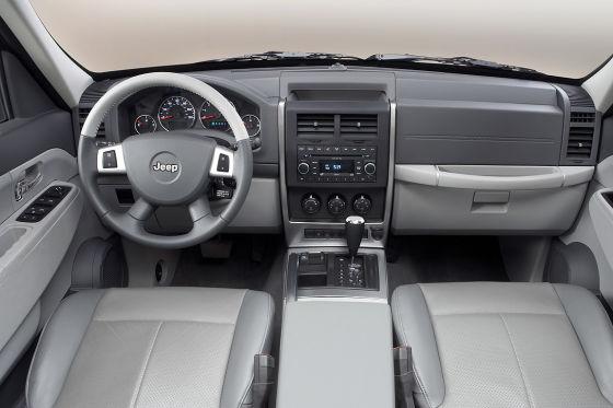 Jeep Cherokee Cockpit