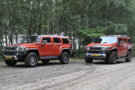Hummer H3 (li.) und H3