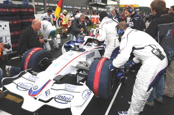 Formel 1 2008, GP von Belgien in Spa, Nick Heidfeld, Sauber-BMW, Startvorbereitungen