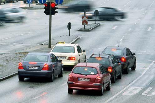 Ampel Stau Fahrzeuge Autos Rotlicht