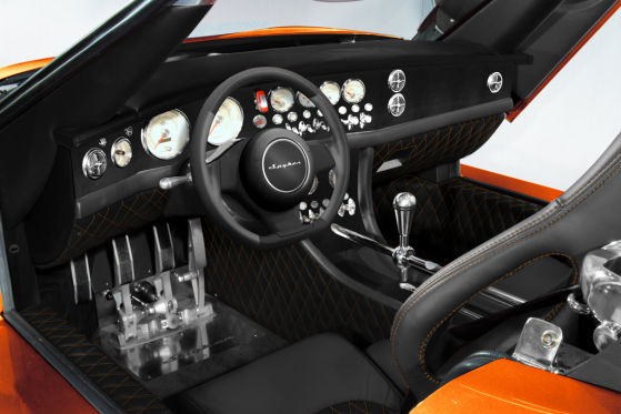 Spyker C8 Laviolette LM85, Innenraum