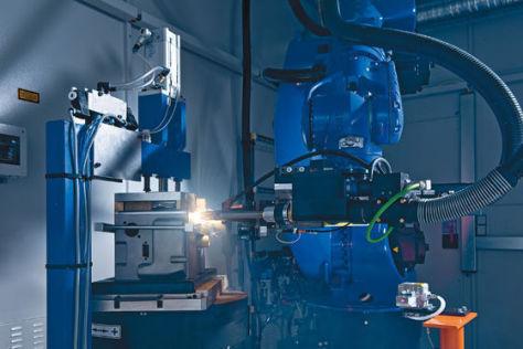 Produktion von Lithium-Ionen-Batterien bei Conti