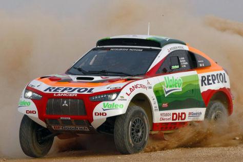 Mitsubishi Racing Lancer Dakar