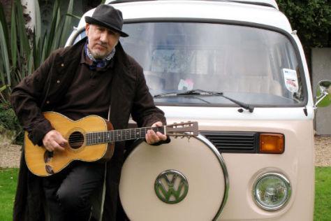 Pete Townshend mit VW T2