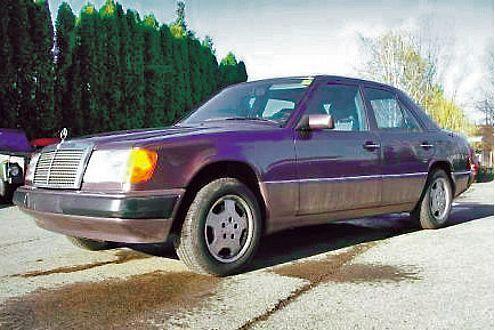 Der alte Mercedes W124 kam vermutlich auf Position 4, weil er als Ersatzteilspender attraktiv ist.