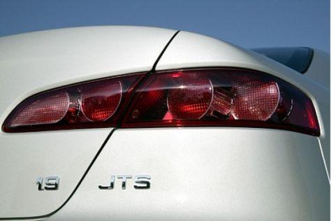 Alfa 159 1.9 JTS 16V gegen BMW 320i