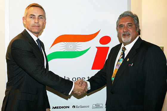 McLaren-Geschäftsführer Martin Whitmarsh und Force India-Boss Vijay Mallya