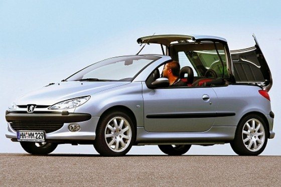 gebrauchtwagen peugeot 206 cc ab 2002 wie klappt 39 s nach drei jahren. Black Bedroom Furniture Sets. Home Design Ideas