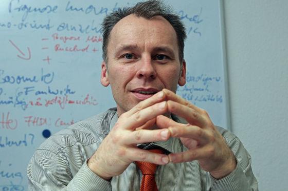 Stefan Bratzel leitet das Center of Automotive.