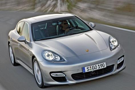 Premiere Porsche Panamera