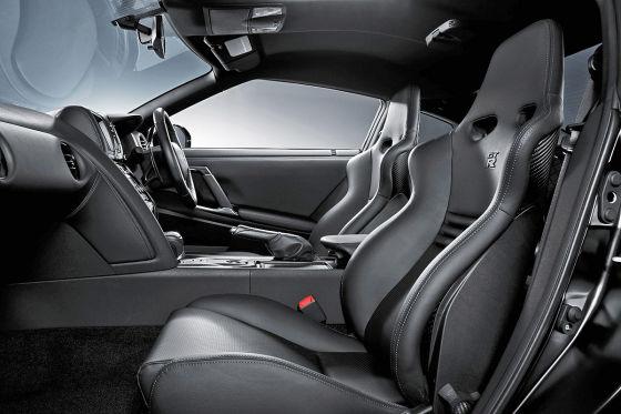 Nissan GT-R SpecV, Innenraum