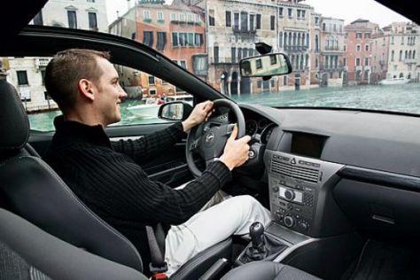 Opel Astra GTC Panorama