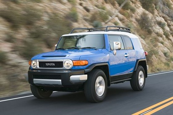 toyota fj cruiser suv im retro look. Black Bedroom Furniture Sets. Home Design Ideas