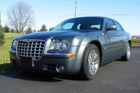 Der Chrysler 300C von Barack Obama wurde für 271.300 Dollar bei Ebay versteigert.