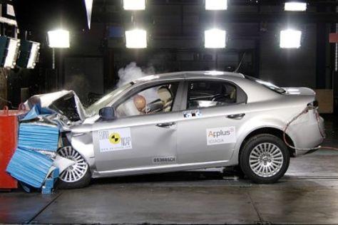 Alfa 159 im Crashtest