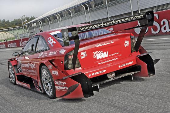 AUTO BILD MOTORSPORT-Tracktest Opel Astra DTM