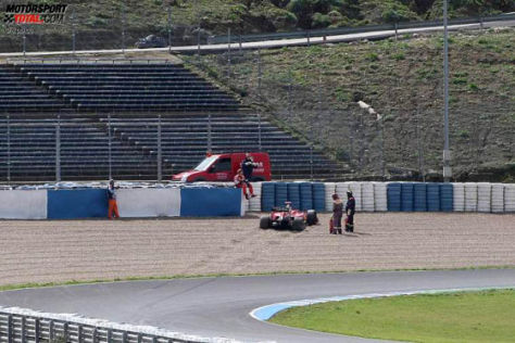 Formel-1-Tests 2009, Kimi Räikkönen, Ferrari im Kiesbett von Jerez