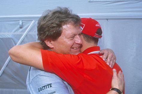 Wären 1998 beinahe ein Team geworden: Norbert Haug und Michael Schumacher