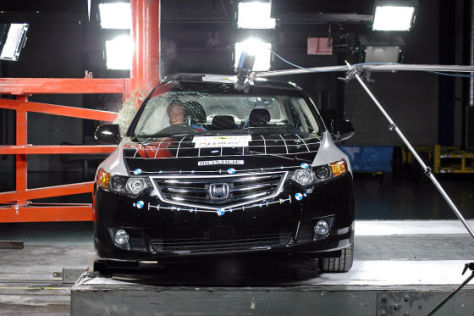 Crashtest Honda Accord