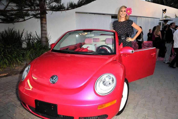 New beetle cabrio barbie bilder for Garage rose volkswagen fontainebleau samoreau