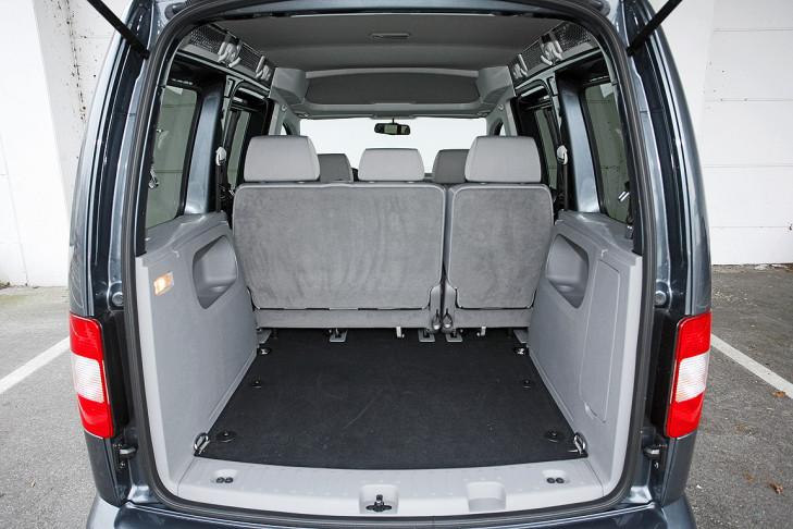 sechs familenfreundliche volkswagen im vergleich bilder. Black Bedroom Furniture Sets. Home Design Ideas