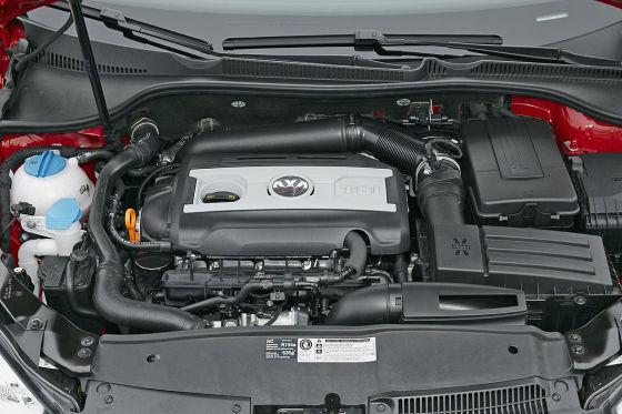 210 PS reichen für 6,9 Sekunden bis Tempo 100 und 240 km/h. Spitze. Verbrauch: 7,3 Liter teures Super plus.