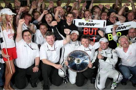 Großer Jubel herrschte beim Brawn-Team über den sensationellen Doppelsieg