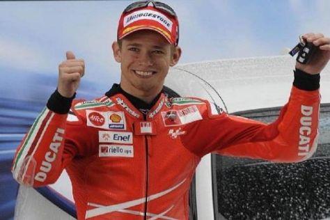 Casey Stoner durfte in Jerez den nächsten Autoschlüssel von BMW entgegennehmen