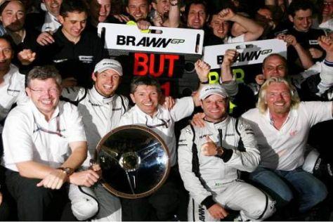 Jubel in Melbourne, Jobangst in Brackley: Brawn GP streicht 270 Stellen