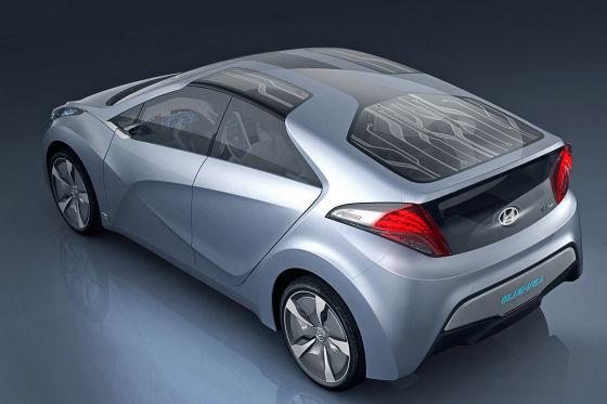 Intelligentes Glasdach: Solarzellen treiben einen Ventilator an, der für ein kühles Cockpit sorgt.