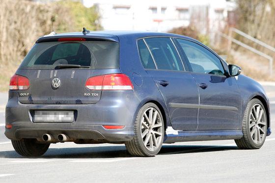 Am Nürburgring erwischt: der Golf R20 – das neue Topmodell der Baureihe. 250 km/h schnell, 270 PS stark.