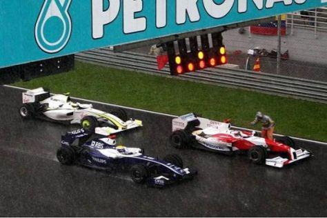 Als das Rennen abgebrochen wurde, war Rosberg nur noch Achter