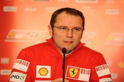 Unter Druck: Die Crew von Stefano Domenicali leistet sich zu viele Fehler