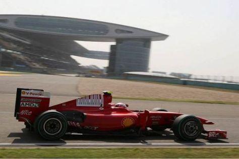 Kimi Räikkönen ließ auf gebrauchten Reifen sogar Gegner hinter sich