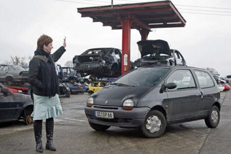 Renault Twingo vor dem Abwracken