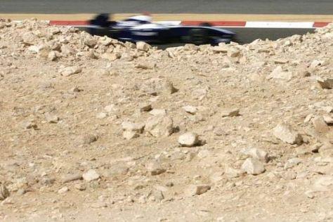 Nico Rosberg hofft, dass die Leistung des Autos nicht wieder im Sand verläuft...
