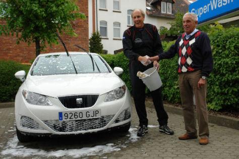 Gerhard Plattner mit Striezel Struck