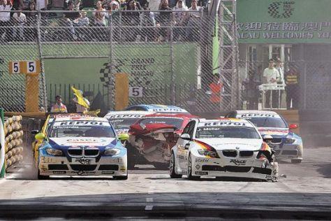 WTCC-Saison 2008, Macao, André Cauto (der rote Honda) hat voll eingeschlagen