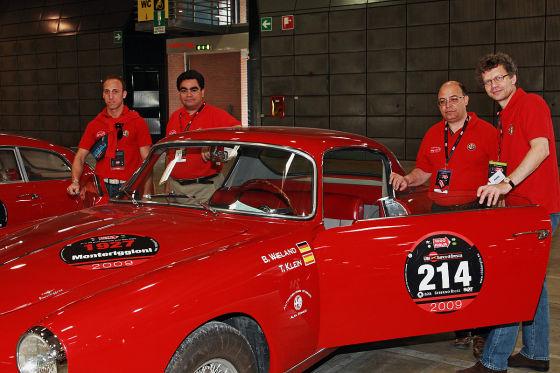 Mit am Start der Mille Miglia 2009: Das Team Bernd Wieland (Chefredakteur AUTO BILD) und Beifahrer Tito Klein (Chefredakteur AUTO BILD Spanien)