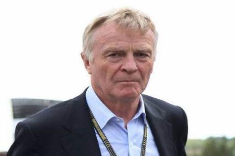 Max Mosley lässt es auf eine Konfrontation mit Ferrari ankommen